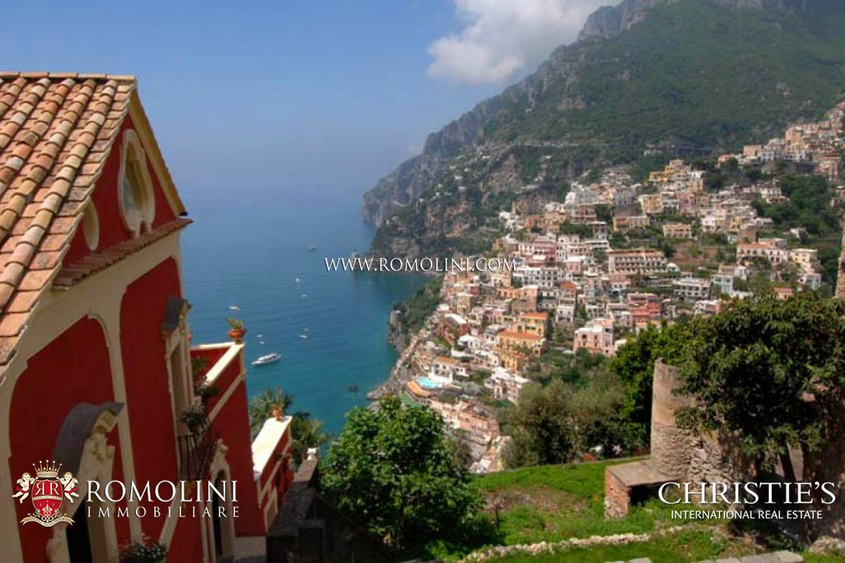 Additional photo for property listing at Campania - AMALFI COAST: POSITANO LUXURY VILLA FOR RENT. Positano, Italy