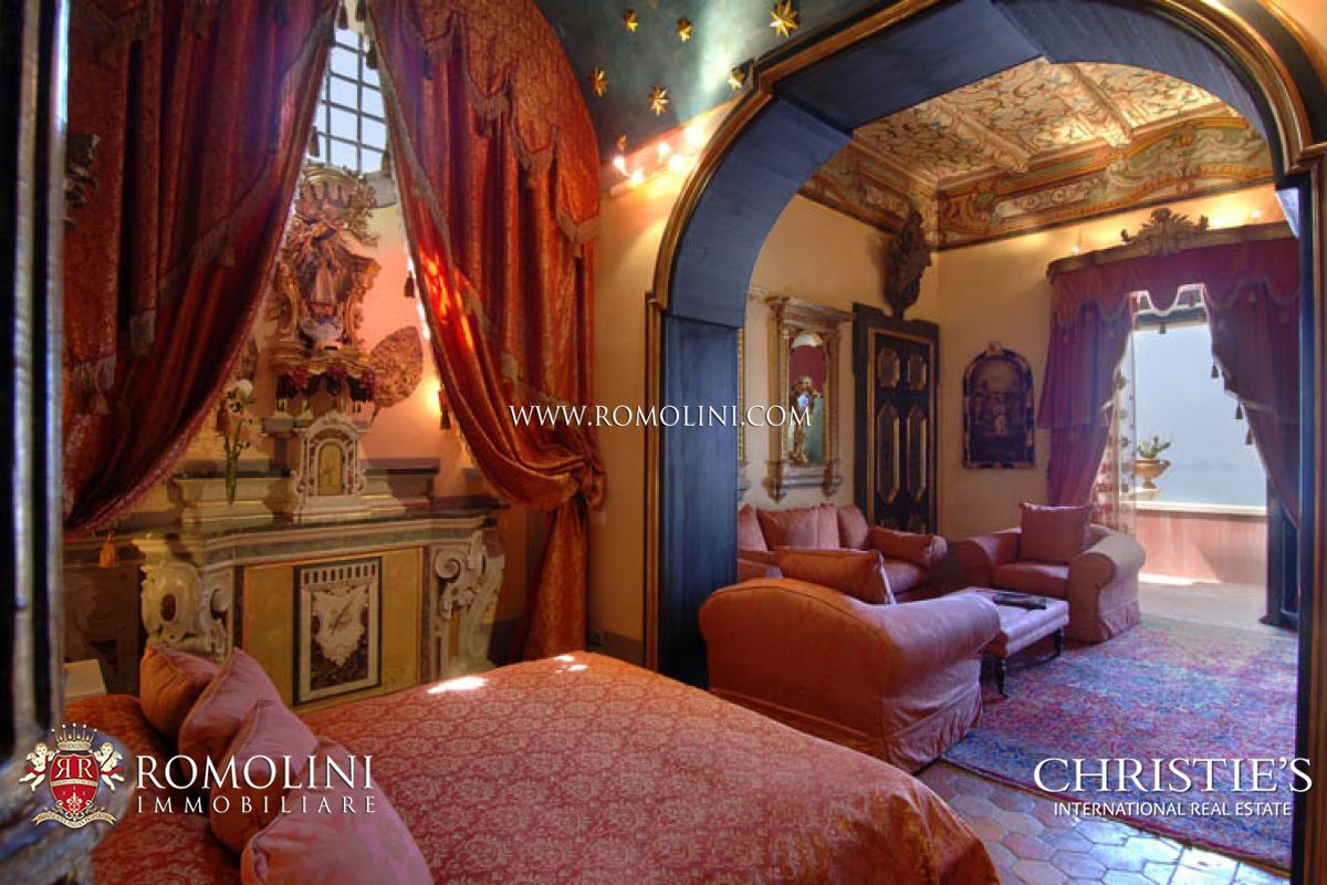 Additional photo for property listing at Campania - AMALFI COAST: POSITANO LUXURY VILLA FOR RENT. Positano, Италия
