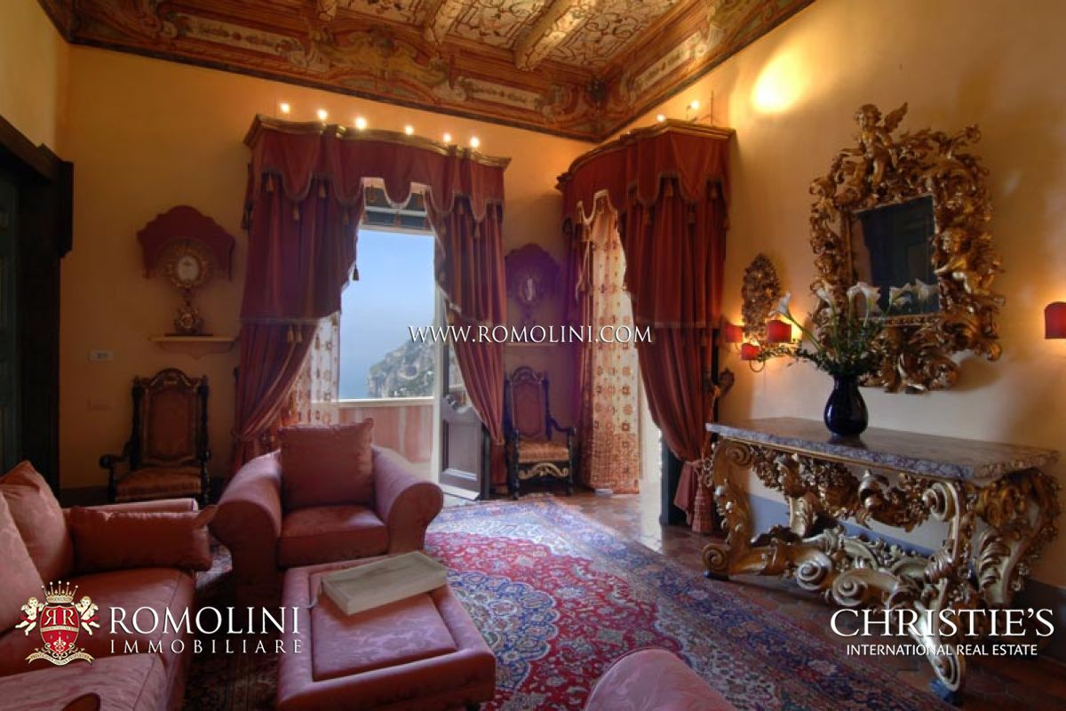 Additional photo for property listing at Campania - AMALFI COAST: POSITANO LUXURY VILLA FOR RENT. Positano, Italie
