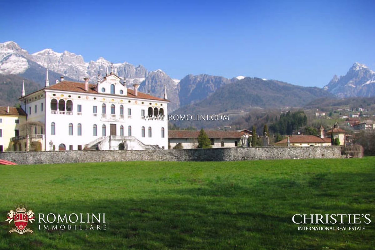 Villas / Townhouses for Sale at Veneto - VILLA VENETA: HISTORICAL VILLA IN VENETO FOR SALE Feltre, Italy