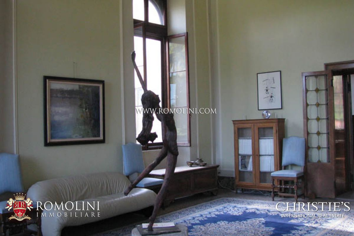 Additional photo for property listing at Veneto - VILLA VENETA: HISTORICAL VILLA IN VENETO FOR SALE Feltre, Italien