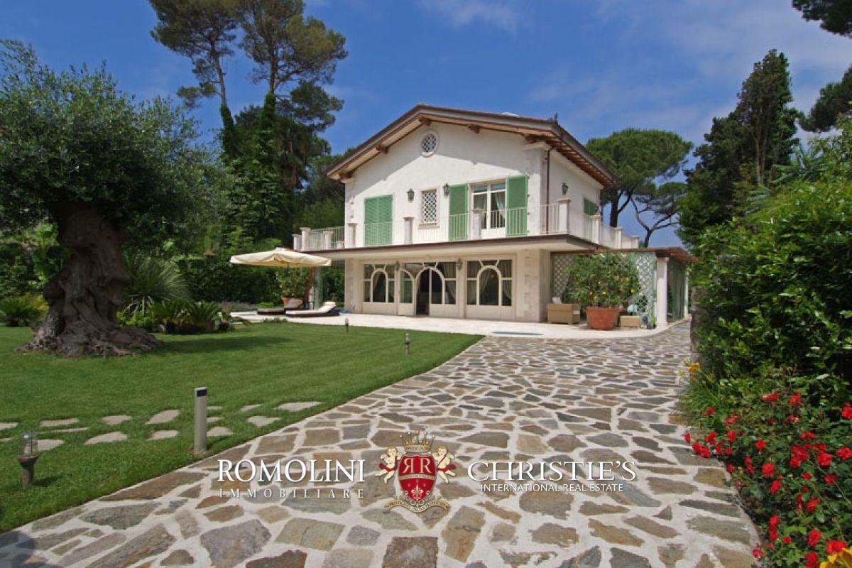 Forte dei marmi versilia vendita villa di lusso for Planimetrie di lusso