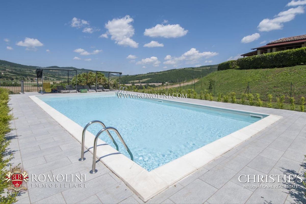 Additional photo for property listing at Umbria - AGRITURISMO FOR SALE IN UMBERTIDE UMBRIA Umbertide, イタリア