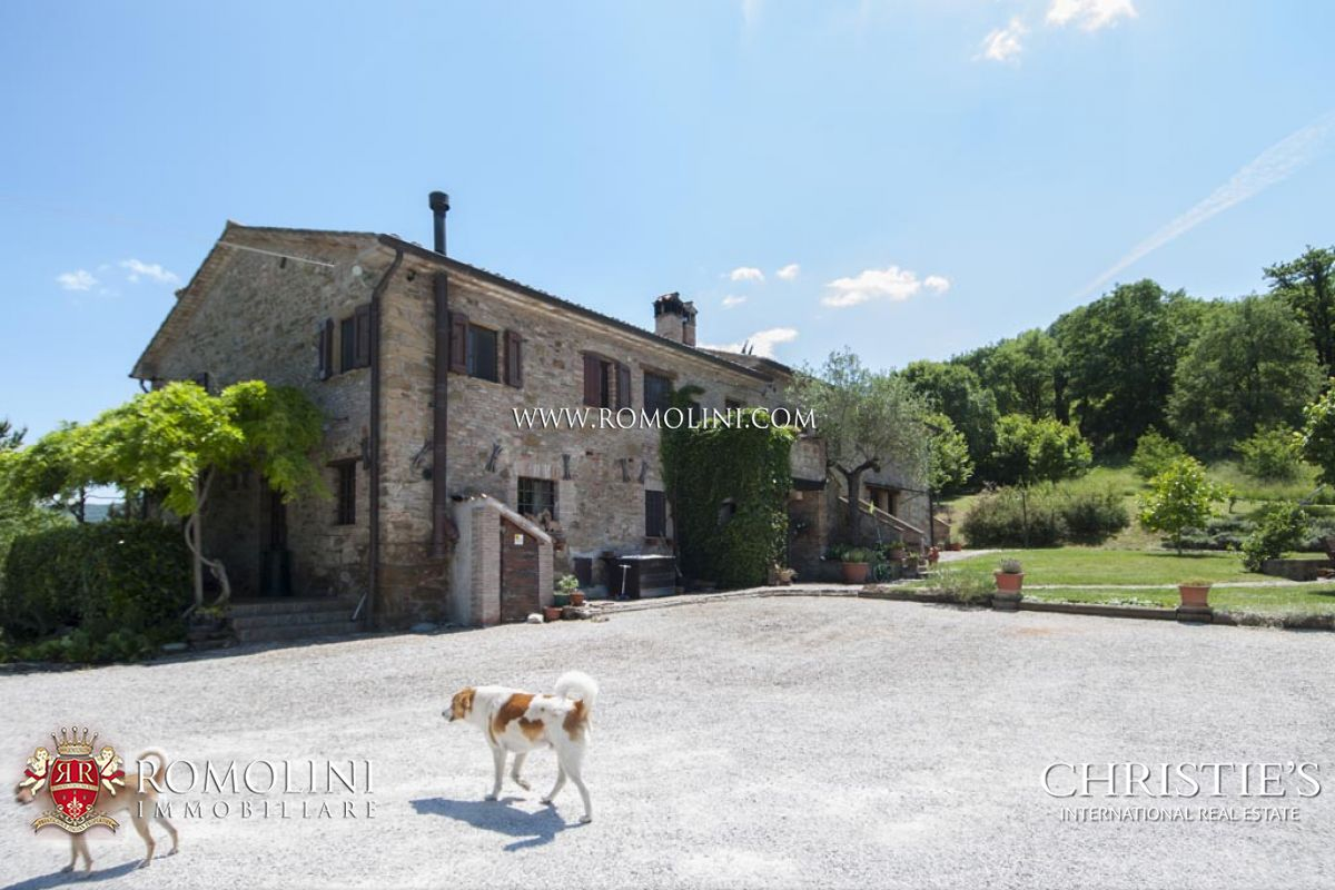 Additional photo for property listing at Umbria - AGRITURISMO FOR SALE IN UMBERTIDE UMBRIA Umbertide, 意大利