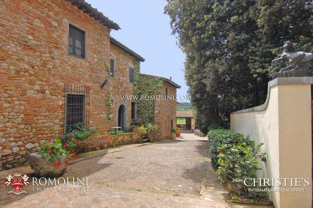 Additional photo for property listing at Tuscany - TUSCAN WINE ESTATE WITH VINEYARDS FOR SALE FLORENCE Firenze, Italia