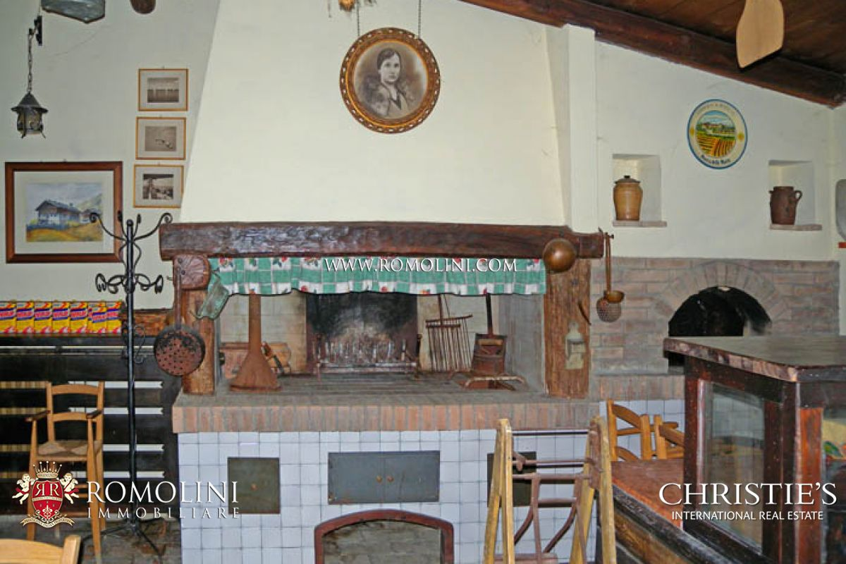 Additional photo for property listing at Marche - MARCHE PESARO URBINO RELAIS COUNTRY HOUSE RESTAURANT FOR SALE Pesaro, 意大利
