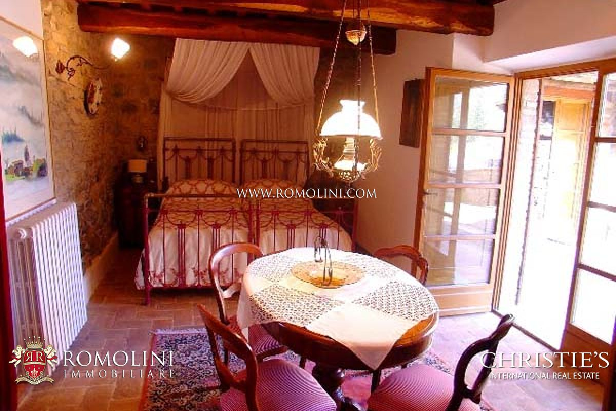 Additional photo for property listing at Umbria - PRESTIGIOUS PROPERTY FOR SALE MONTONE UMBRIA Montone, イタリア