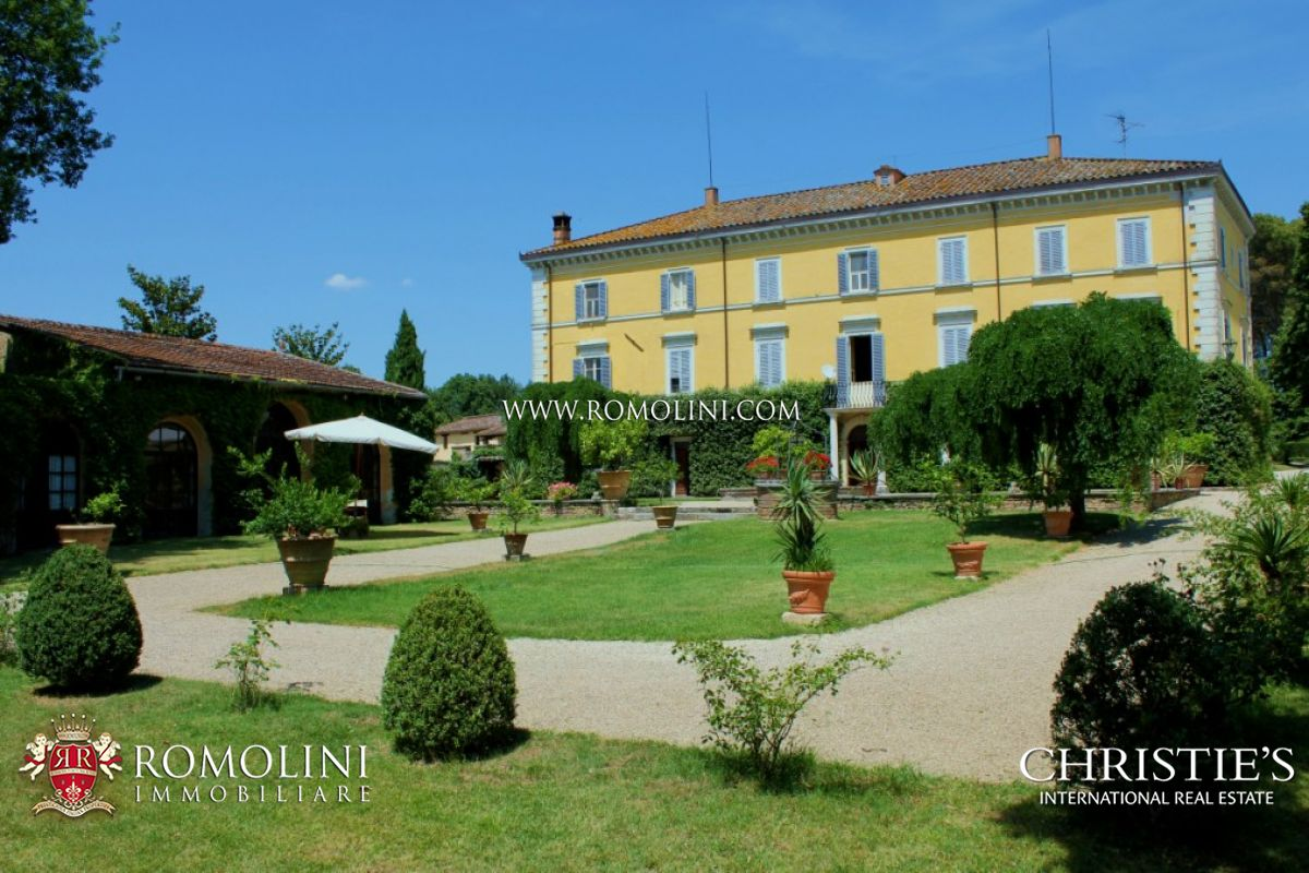 Ακίνητο για την Πώληση στο Umbria - HISTORICAL NOBLE VILLA FOR SALE IN PERUGIA UMBRIA Perugia, Ιταλια