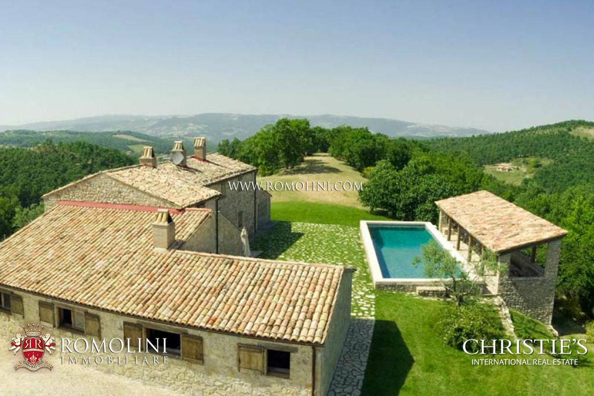 Residencia por un Venta en Umbria - FARMHOUSE WITH POOL FOR SALE TODI Todi, Italia