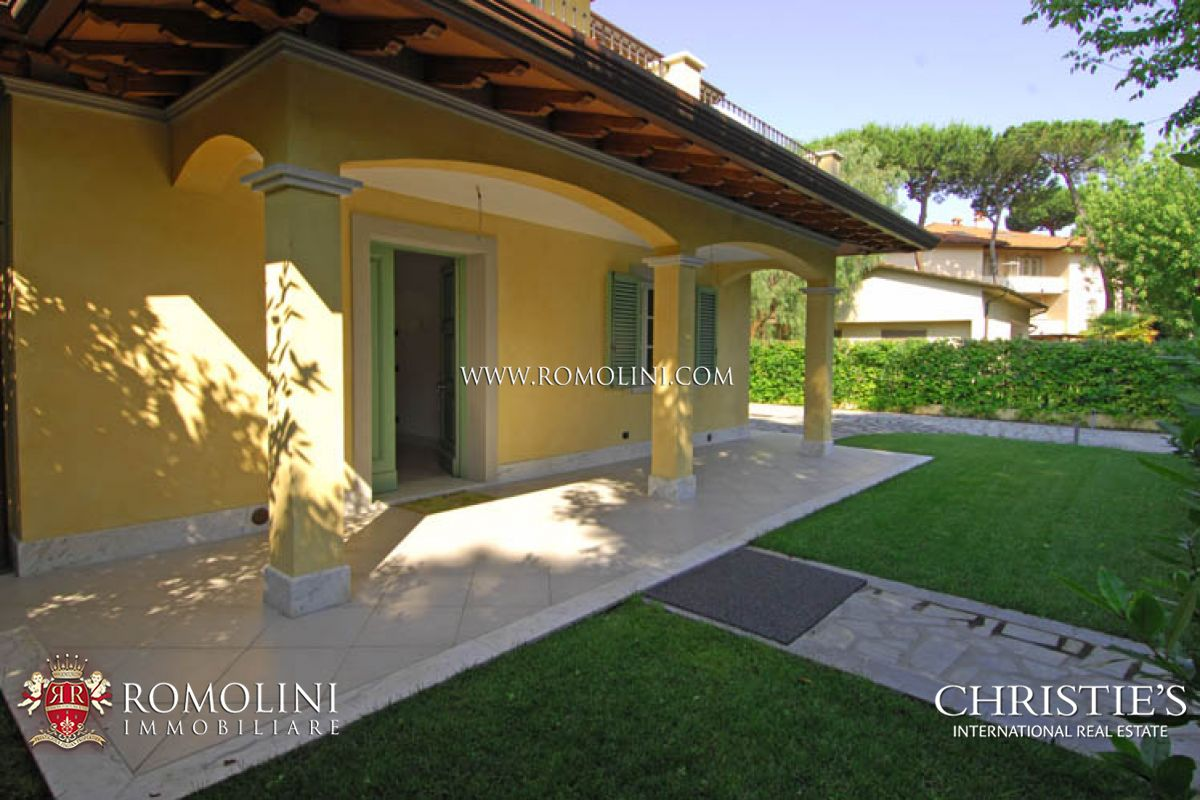 Additional photo for property listing at Tuscany - ELEGANT VILLA FOR SALE FORTE DEI MARMI TUSCANY 福尔泰德伊玛尔米, 意大利
