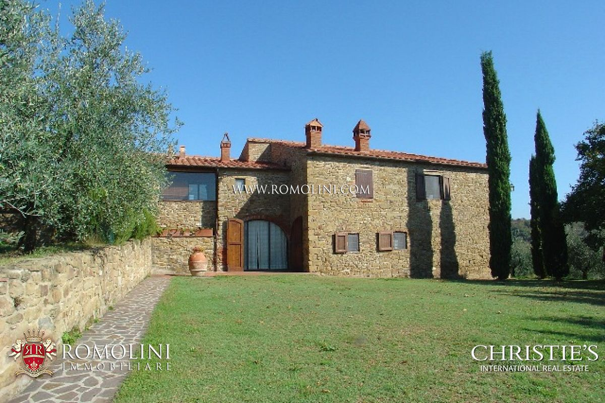 庄园,地产 为 销售 在 Tuscany - CHIANTI ARETINO: FARM ESTATE FOR SALE 阿雷佐, 意大利