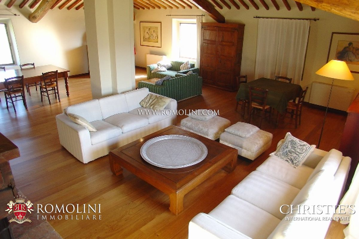Additional photo for property listing at Tuscany - CHIANTI ARETINO: FARM ESTATE FOR SALE 阿雷佐, 意大利