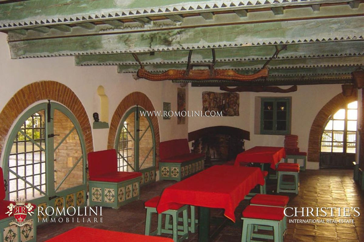 Additional photo for property listing at Marche - ADRIATIC COAST: HISTORICAL CONVENT WITH SEA VIEW FOR SALE Gabicce, 이탈리아
