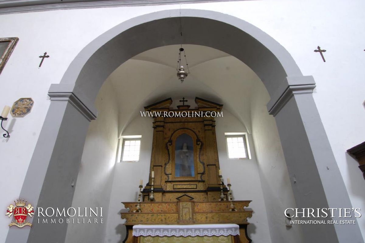 Additional photo for property listing at Marche - ADRIATIC COAST: HISTORICAL CONVENT WITH SEA VIEW FOR SALE Gabicce, Italia