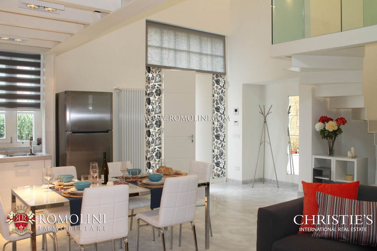 Additional photo for property listing at Tuscany - LUXURY VILLA, LOFT FOR SALE IN PIETRASANTA, TUSCANY. Pietrasanta, Itália