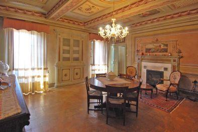 Umbria casale in vendita in umbria rustico villa di lusso in umbria immobili di prestigio in - Ville e casali interni ...