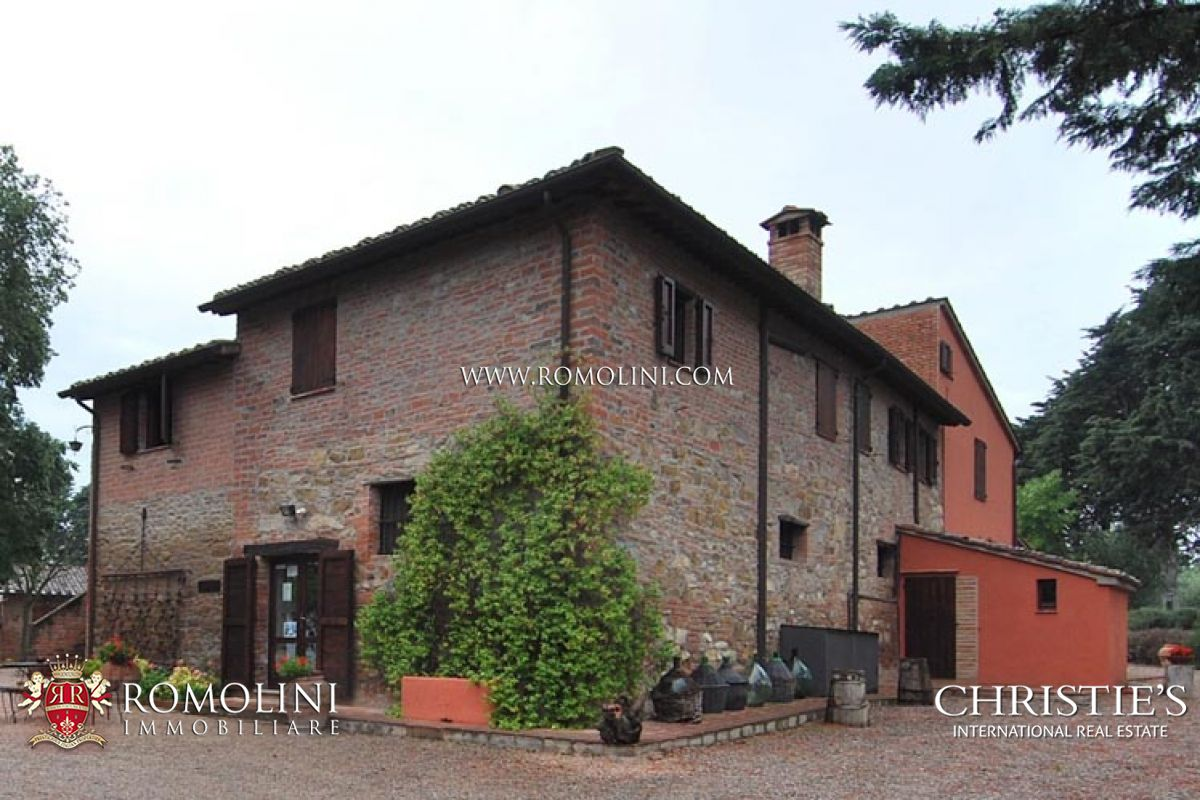 Moradia para Venda às Umbria - COUNTRY HOUSE FOR SALE TRASIMENO LAKE Castiglion Del Lago, Itália