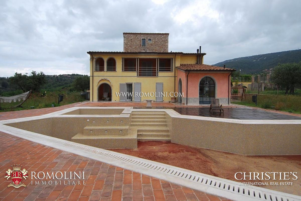 Additional photo for property listing at Umbria - LUXURY VILLA FOR SALE IN UMBRIA Perugia, Italya
