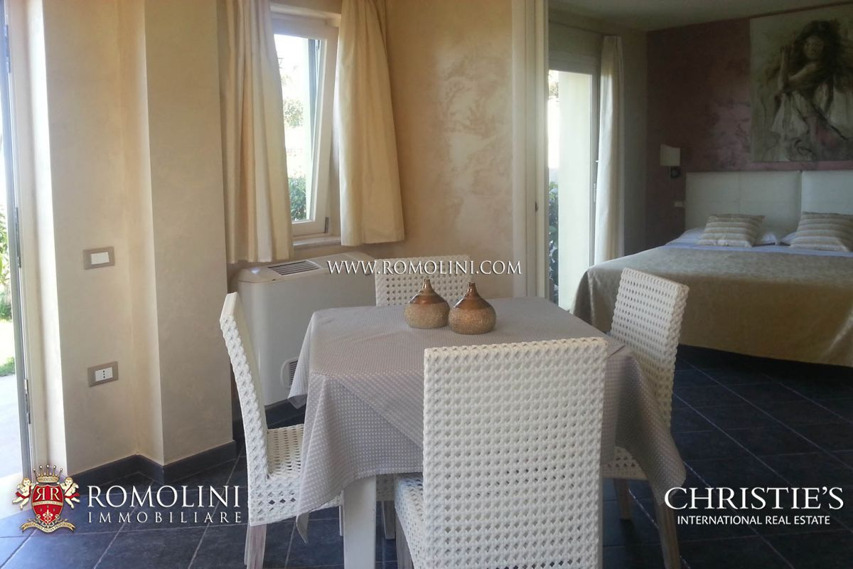 Additional photo for property listing at Calabria - COMPLEX WITH RESTAURANT AND HOTEL FOR SALE IN TROPEA Tropea, Италия