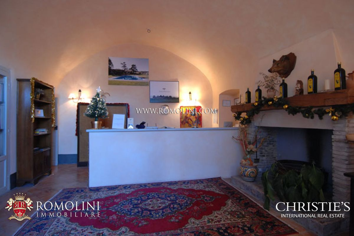 Additional photo for property listing at Umbria - LUXURY REAL ESTATE OLD MANOR DOP OLIVE GROVE ORVIETO Orvieto, 이탈리아