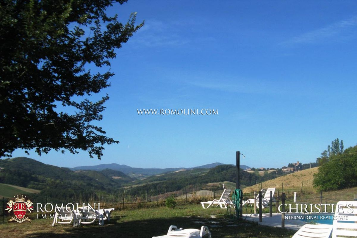 Additional photo for property listing at Emilia-Romagna - EMILIA ROMAGNA, PARMA: AGRITURISMO FOR SALE Parma, Italia
