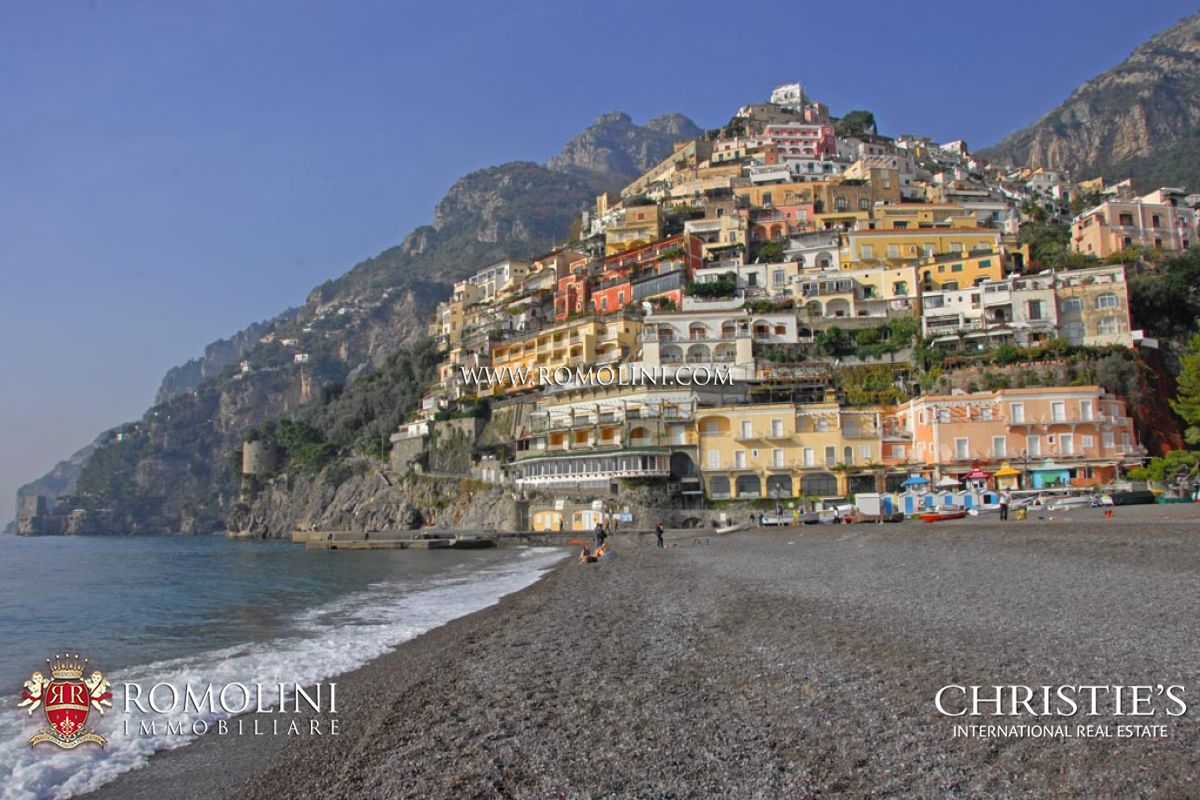 Villas / Townhouses for Sale at Campania - POSITANO: AMALFI COAST VILLA FOR SALE Positano, Italy