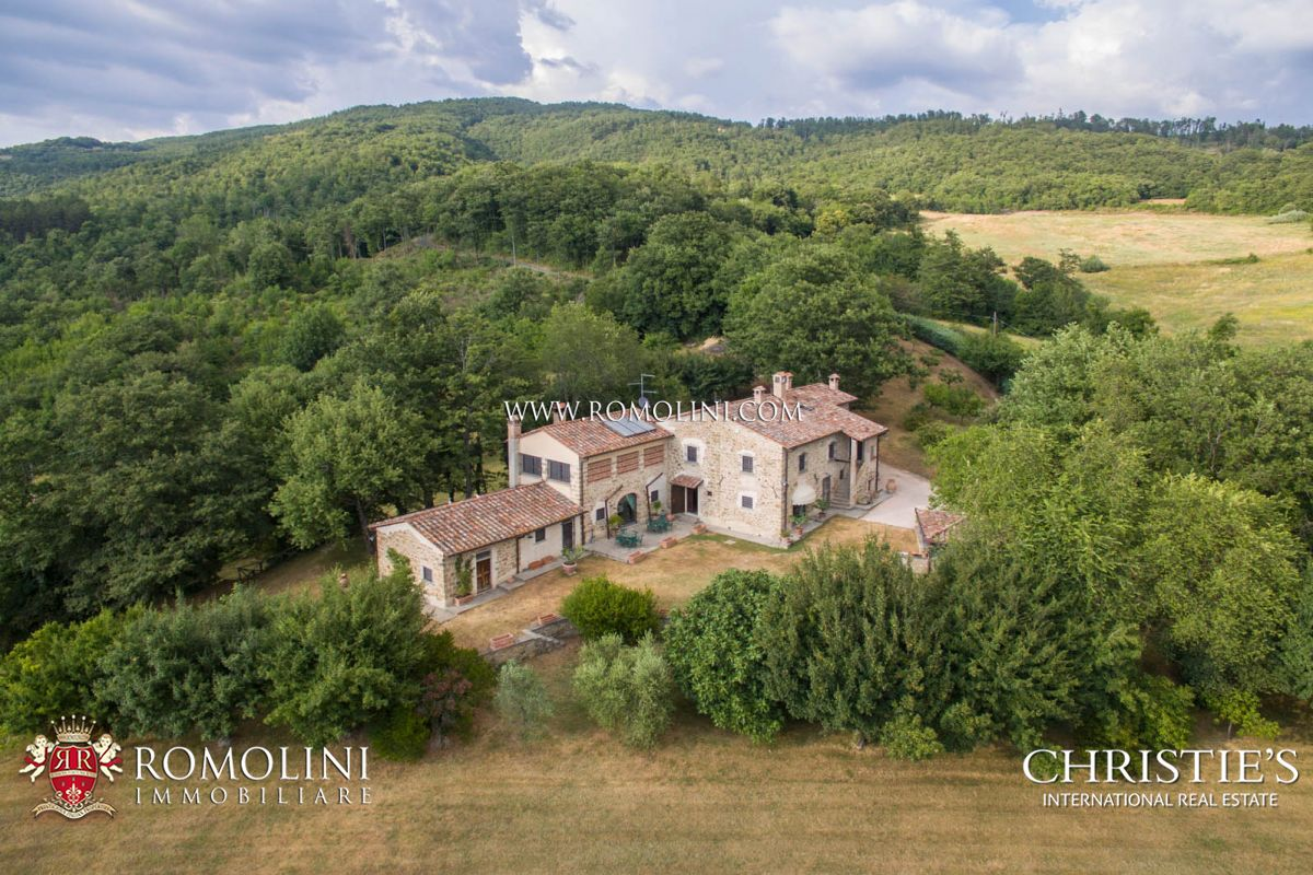 土地 のために 売買 アット Tuscany - ESTATE FOR SALE IN SANSEPOLCRO, TUSCANY Sansepolcro, イタリア