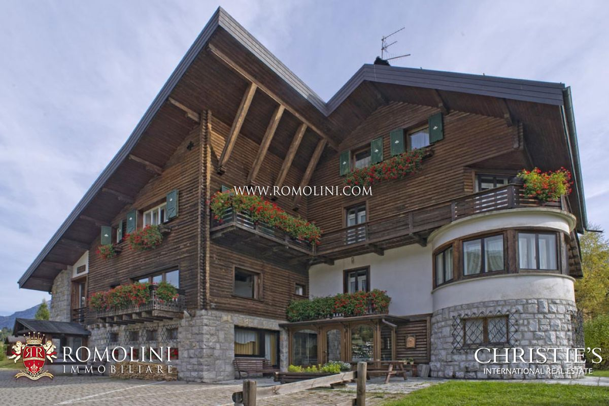 Additional photo for property listing at Veneto - CHALET FOR SALE IN PIEVE DI CADORE, VENETO Pieve Di Cadore, Italya