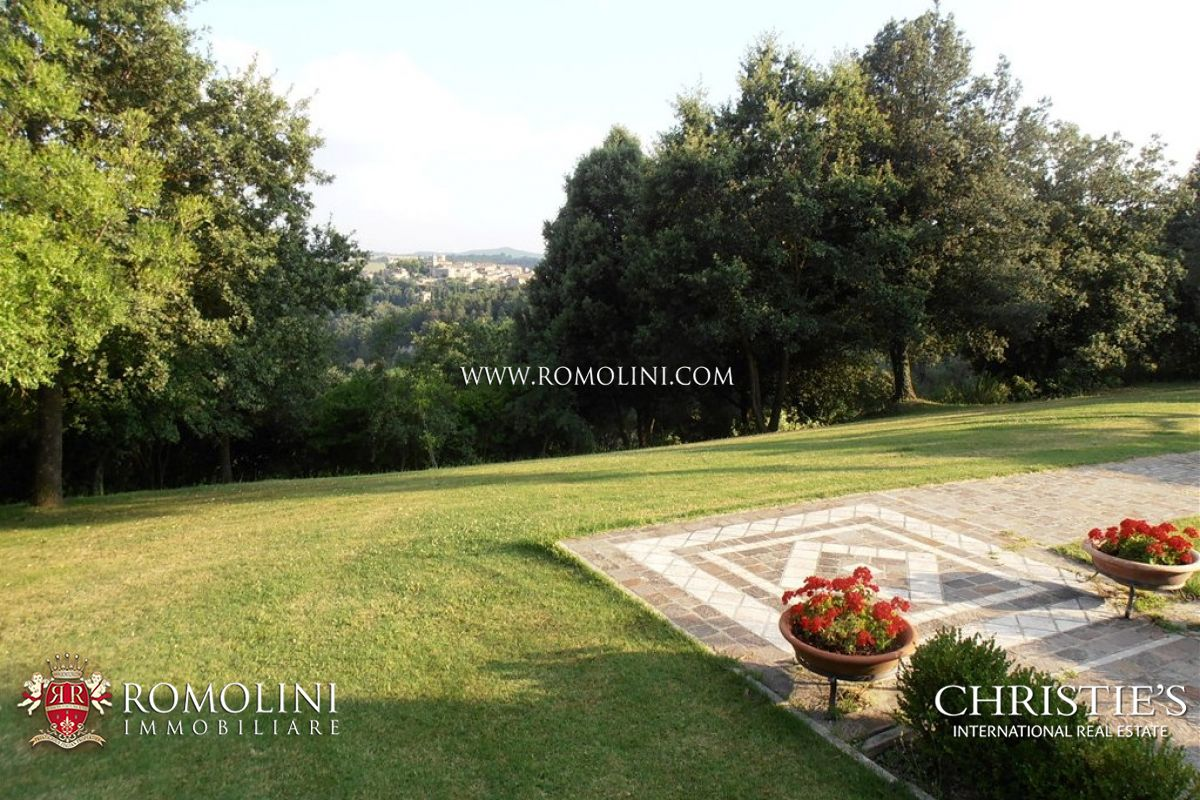 Additional photo for property listing at Tuscany - FARMHOUSE FOR SALE IN SIENA, TUSCANY Trequanda, イタリア