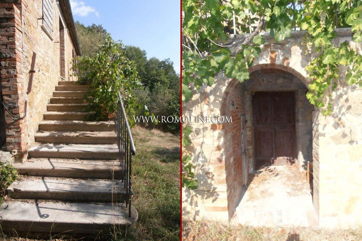 Casale da restaurare in vendita a pienza toscana - Casale in toscana ...