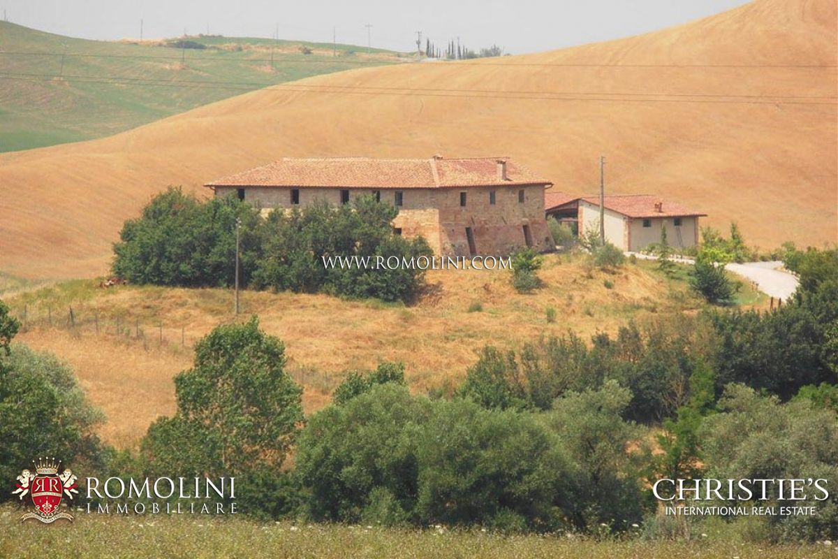 Single Family Home for Sale at Tuscany - FARMHOUSE WITH POOL FOR SALE IN THE CRETE SENESI Asciano, Italy