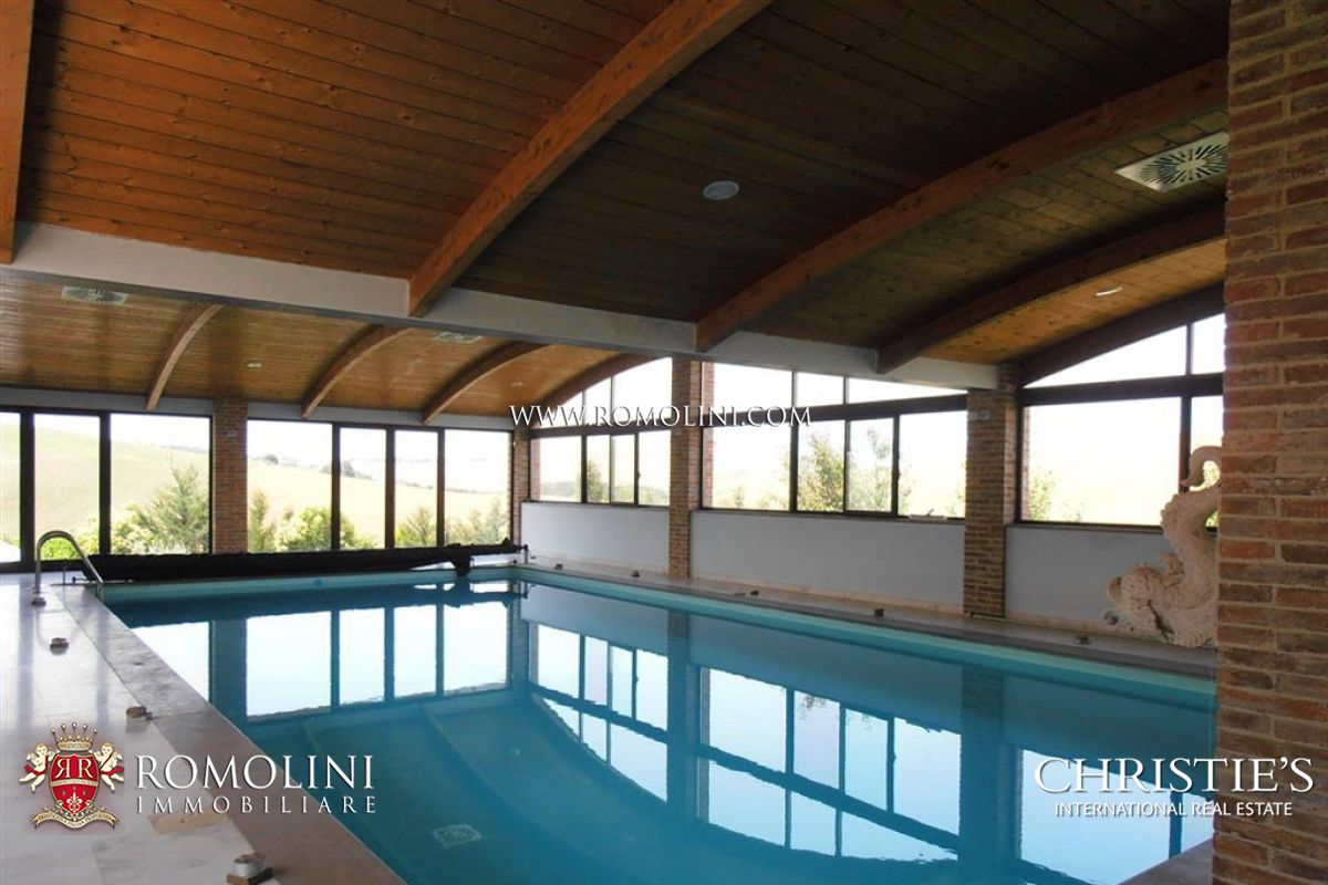 Additional photo for property listing at Tuscany - FARMHOUSE WITH POOL FOR SALE IN THE CRETE SENESI Asciano, Italy