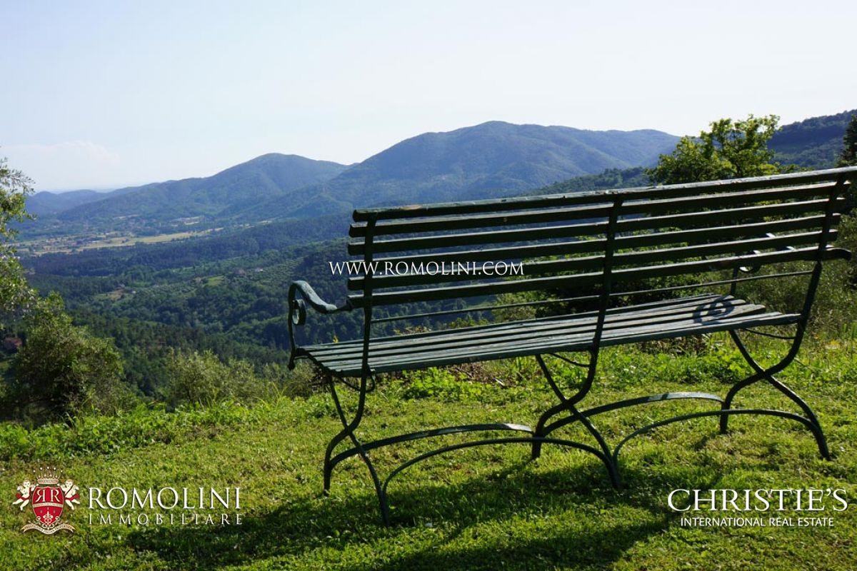Additional photo for property listing at Tuscany - PRESTIGIOUS VILLA FOR SALE IN LUCCA, TUSCANY Lucca, Italya