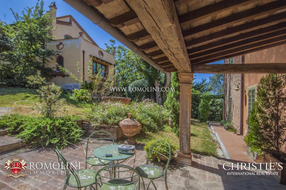 Additional photo for property listing at Tuscany - FARMHOUSE FOR SALE ON THE HILLS OF PISA, TUSCANY Palaia, Italië