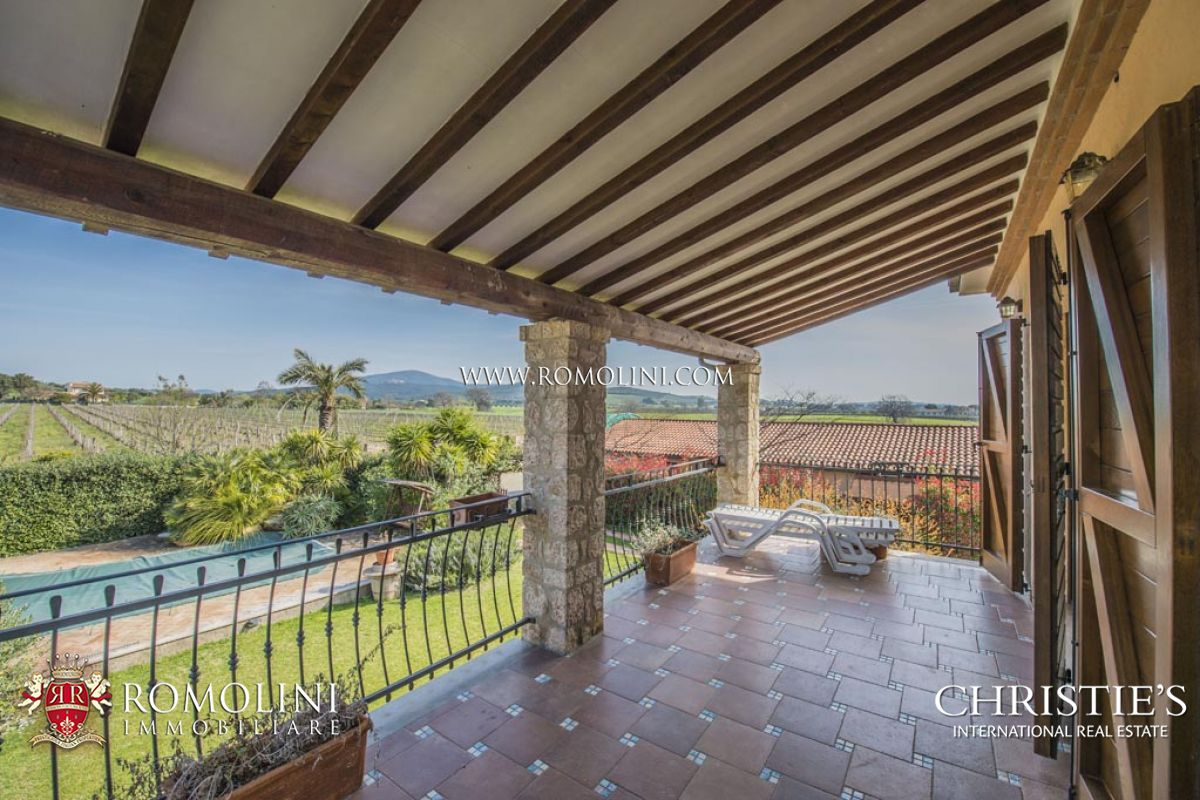 Additional photo for property listing at Tuscany - TUSCAN SEASIDE WINE ESTATE , COASTAL VINEYARDS, MORELLINO DOCG CELLAR FOR SALE,CAPALBIO Capalbio, Italie