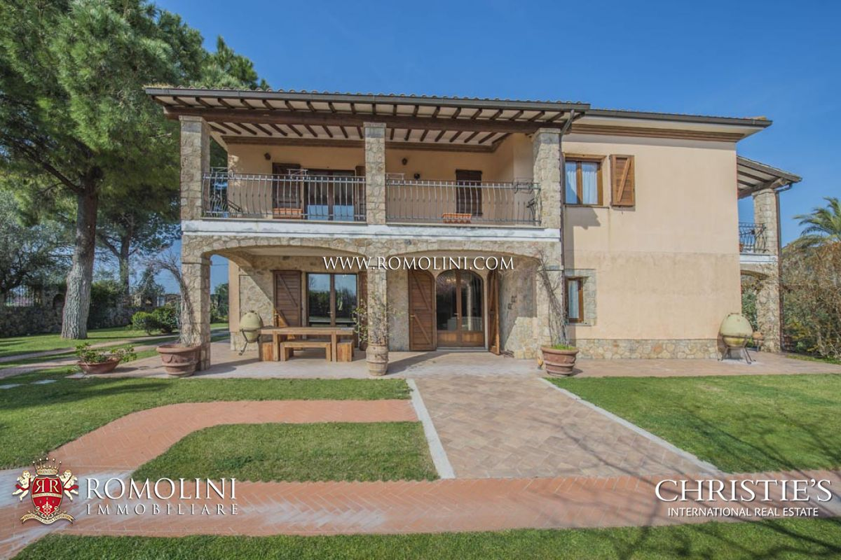 Additional photo for property listing at Tuscany - TUSCAN SEASIDE WINE ESTATE , COASTAL VINEYARDS, MORELLINO DOCG CELLAR FOR SALE,CAPALBIO Capalbio, Itália