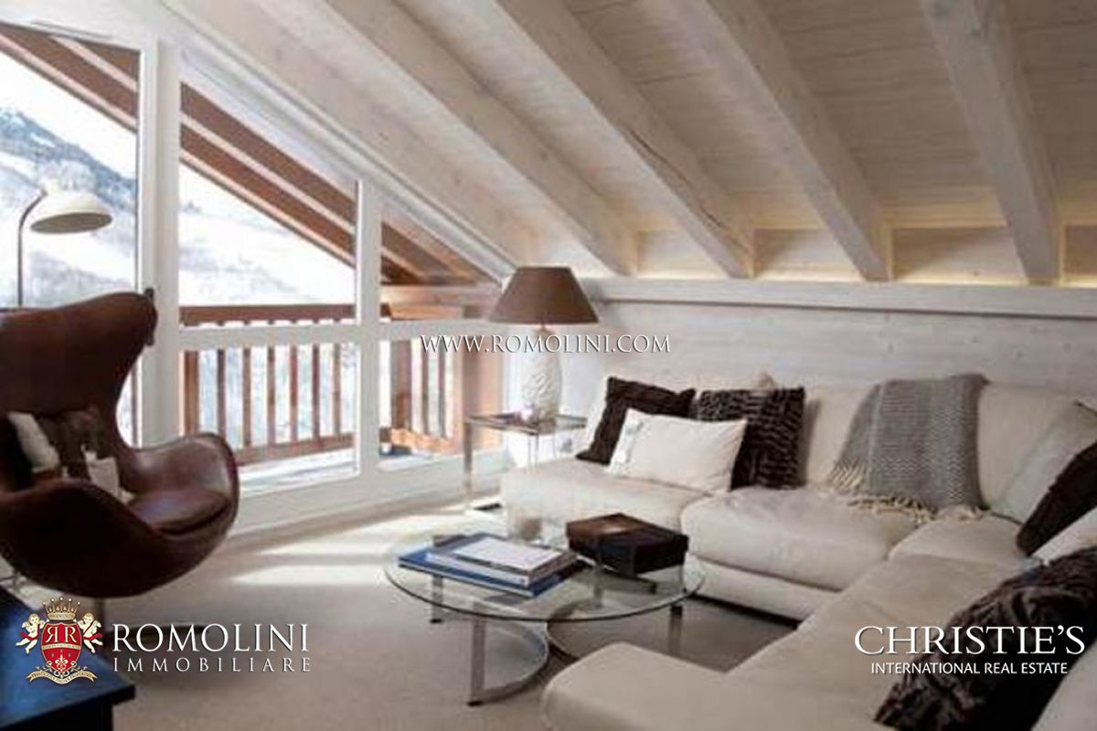 Interni Case Di Lusso Foto appartamento di lusso in chalet di montagna in vendita