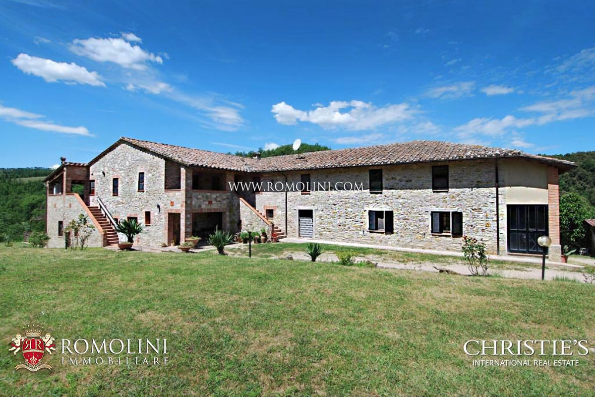 Additional photo for property listing at Umbria - AGRITURISMO WITH POOL AND LAND FOR SALE IN PERUGIA, UMBRIA Perugia, Itália
