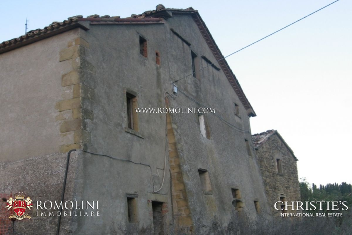 Additional photo for property listing at Umbria - UMBRIA: FARMING BUSINESS WITH RURAL HAMLET POOL AND LAND FOR SALE Perugia, Ιταλια