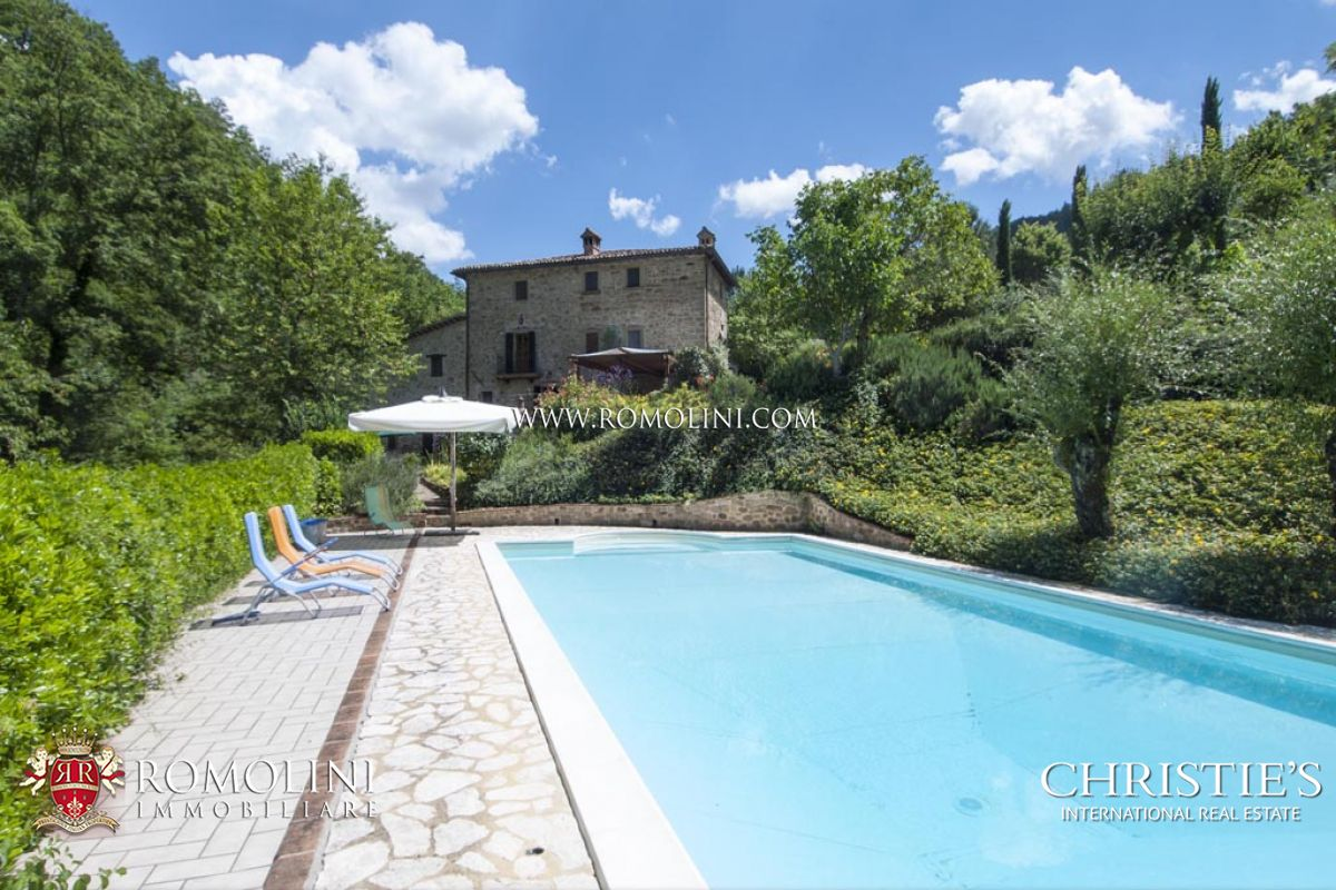 Μονοκατοικία για την Πώληση στο Umbria - FARMHOUSE WITH POOL AND GARDEN FOR SALE IN CITTA' DI CASTELLO Perugia, Ιταλια