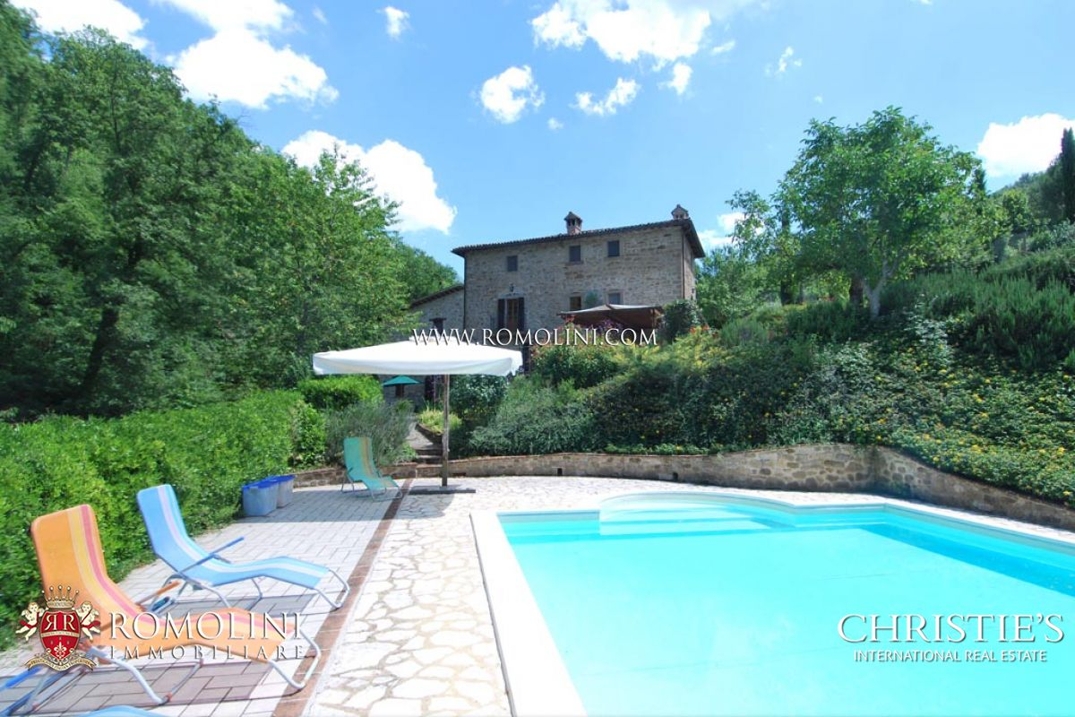 Additional photo for property listing at Umbria - FARMHOUSE WITH POOL AND GARDEN FOR SALE IN CITTA' DI CASTELLO Perugia, Ιταλια