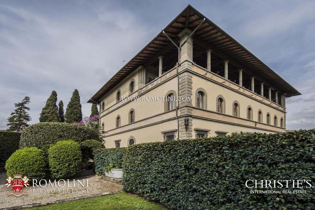 Апартаменты / Квартиры для того Продажа на Tuscany - FIESOLE: LUXURY APARTMENT FOR SALE IN HISTORICAL VILLA IN FLORENCE Fiesole, Италия