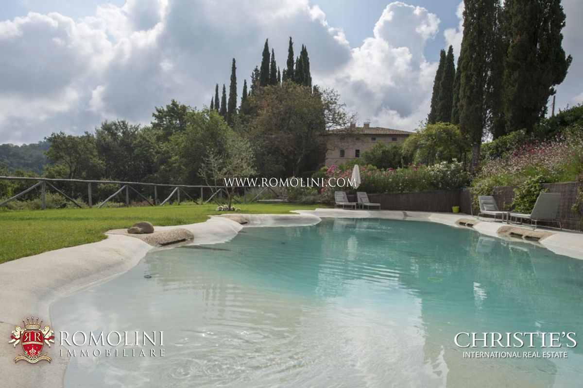 Villas / Townhouses for Sale at Tuscany - 11-ROOM BOUTIQUE HOTEL SIENA: LUXURY VILLA IN TUSCANY Siena, Italy