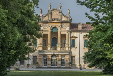 Dimore storiche di lusso residenze d 39 epoca ville di for Dimore milano vendita
