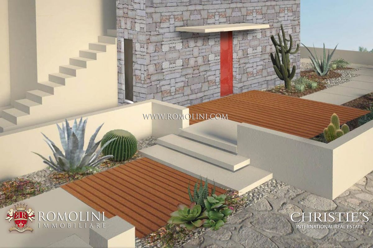 Additional photo for property listing at Apulia - SEAFRONT VILLA CURRENTLY UNDER RENOVATION FOR SALE IN PUGLIA Gagliano Del Capo, Italië