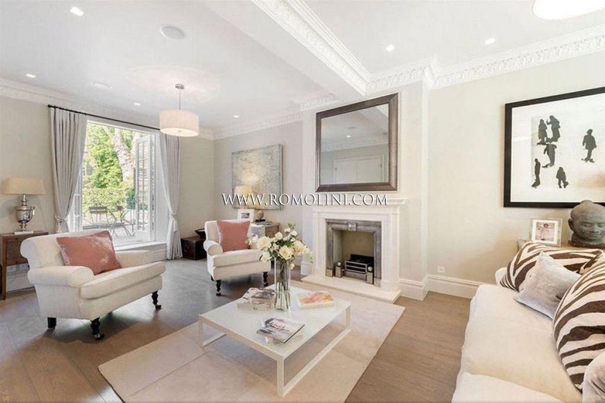 Chelsea casa di lusso con giardino in vendita a londra for Case di lusso interni foto