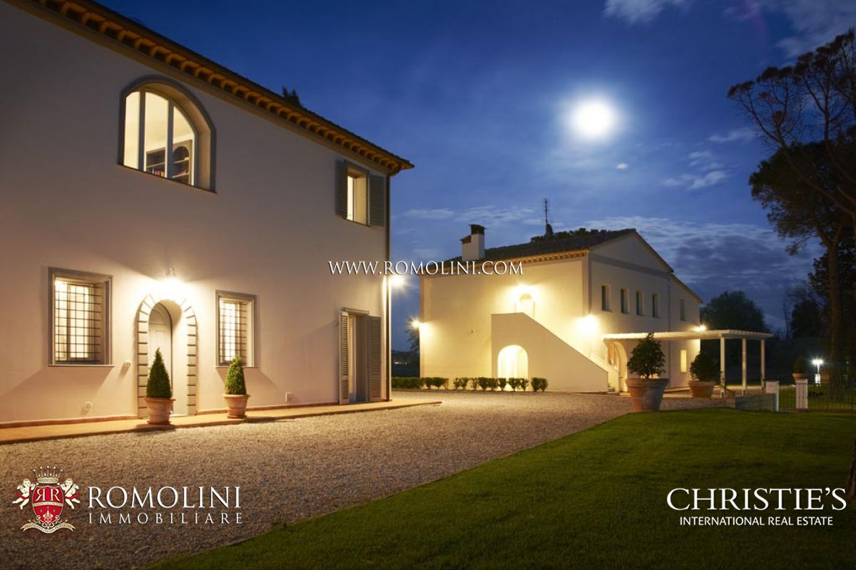 Üzüm Bağı için Satış at Tuscany - EXCLUSIVE ESTATE, LUXURY VILLA, VINEYARDS AND OLIVE GROVE FOR SALE Palaia, Italya