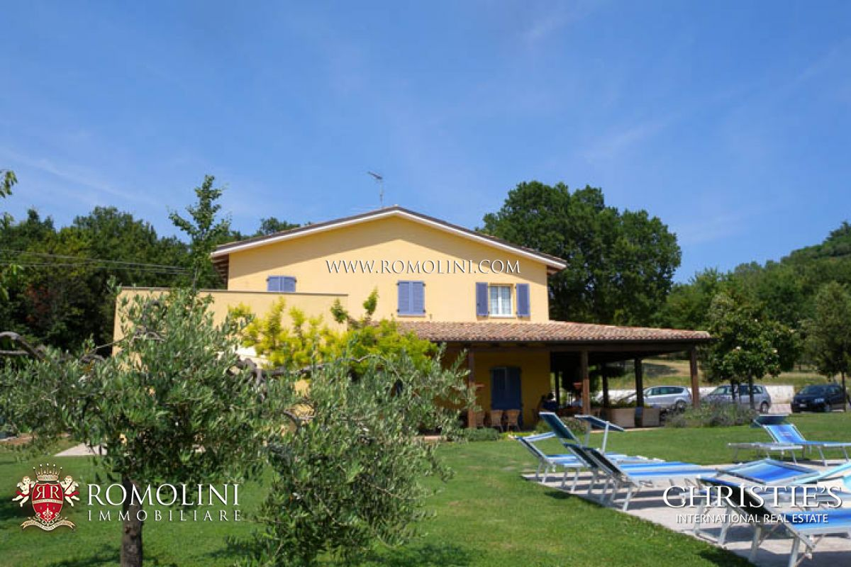Additional photo for property listing at Marche - ESTATE WITH VINEYARD AND OLIVE GROVE, PESARO URBINO. Tavullia, Italien