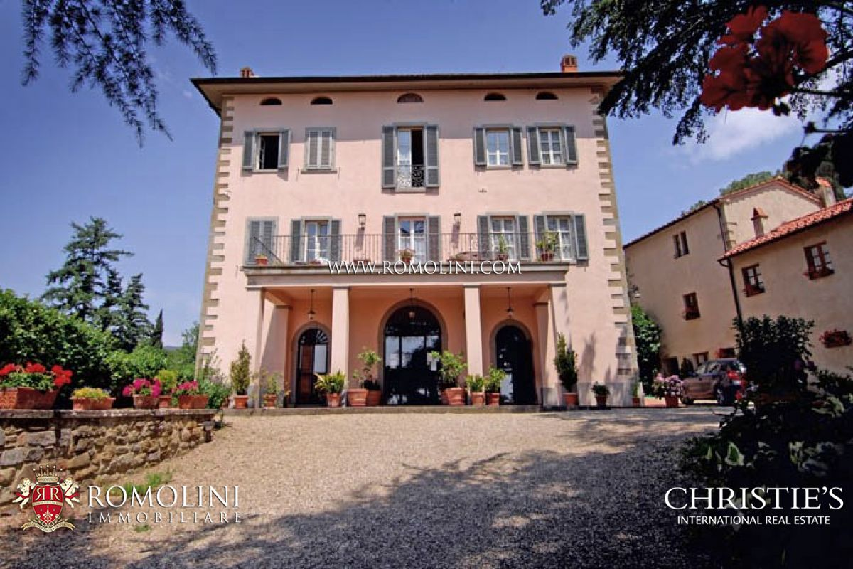 Villas / Moradias em banda para Venda às Tuscany - PRESTIGIOUS PROPERTY HISTORICAL VILLA RESIDENCE FOR SALE TUSCANY Valdarno, Itália