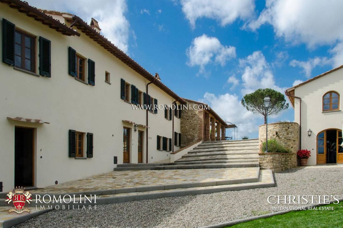 Tuscany luxury villas for sale in florence tuscany a for Real estate in florence italy